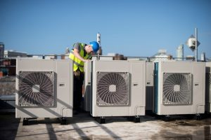 packaged-ac-units-on-commercial-rooftop